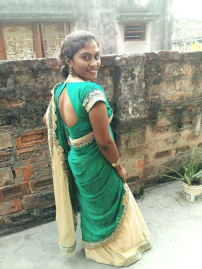 Happy new year my all friends, I am still alive 😉 Smiling Lifestyles Hello World Check This Out I Am Back! I Love Green Indian Beauty Hi! Its Me:) For My Love Beauty Indian Beauty :)
