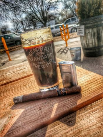 Finally a decent day to smoke a cigar! Craftbeer Cigars