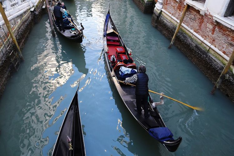 Venice Gondola Water Water Reflections Traveling Travel Travel Photography People People Watching People Photography Peoplephotography Taking Photos EyeEm Gallery Things I Like Enjoying Life Beautiful Day Eye4photography  Old Town Beautiful Italy Showcase April Colours Colors Tadaa Community Tadaa