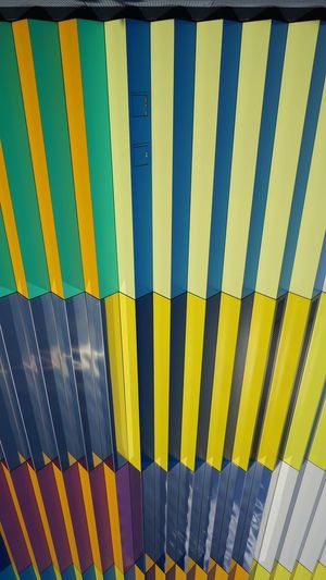 Snapshot Fresh EyeEm Best Shots EyeEmNewHere #photography Archilovers #beautiful #snapshot #HighLife Helloworld🙌 München,Germany Loverofphotography LoversDay Munich 089 Exposure Yellow Striped Safety Close-up Colorful Multi Colored Rainbow Seamless Pattern Spectrum Parallel