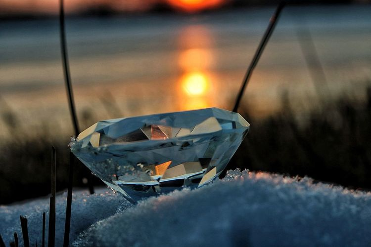 Water Cold Temperature No People Outdoors Nautical Vessel Sunset Close-up Nature Day Diamonds Reflection Nature Photography Canoneos750d Love To Take Photos ❤ Beauty In Nature Nature Refraction Shades Of Winter