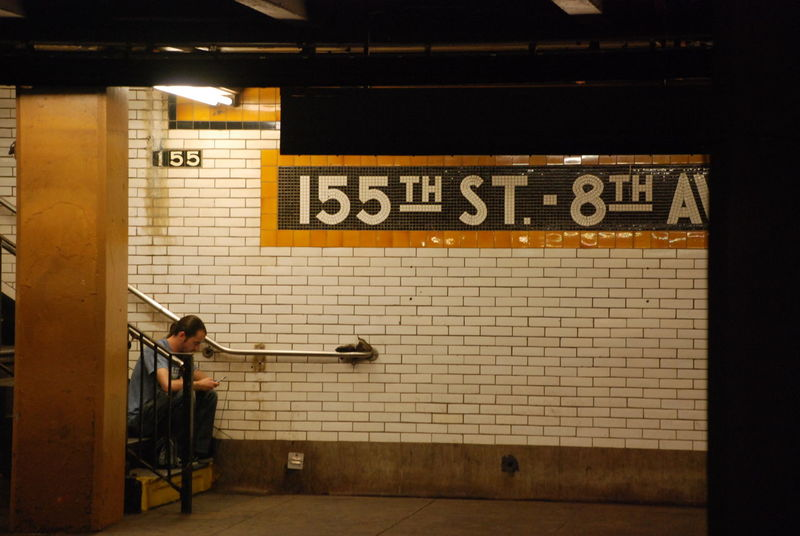Communication lost between 155th and 8th NYC LIFE ♥ New York City Underground Life Communication Playing Real People Subway Station Transportation