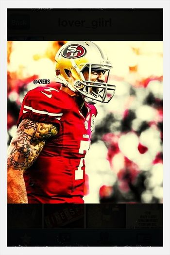 My boy kaepernick gunna do his thang Sunday and ill be their!!! Yee fuck the cardinals