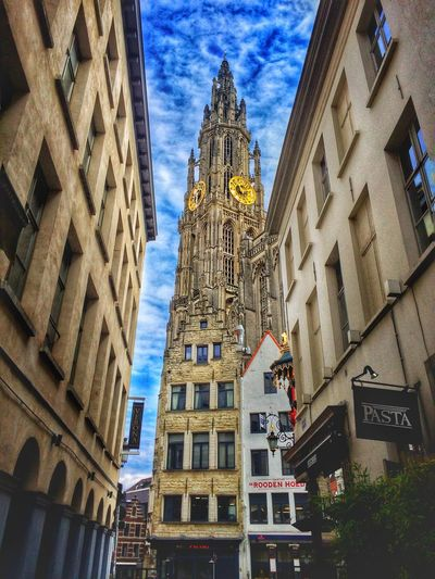 A Day In Belgium Cathedral Belgium Brussels❤️ Architecture Churchesoftheworld Thecathedral Goldenclock