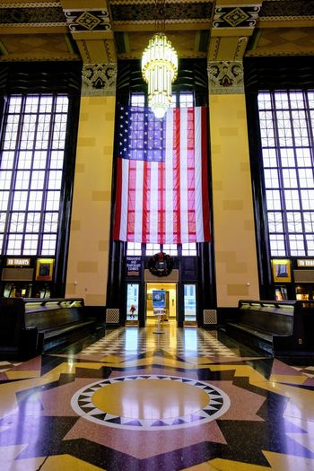 Visual Journal December 2016 - Union Station Durham Museum Omaha, Nebraska (Fujifilm Xt1,Fuji 10-24/f4 OIS) edited with Google Photos. A Day In The Life American Flag Architecture Architecture_collection Art Deco Architecture Camera Work Christmastime EyeEm Gallery Historical Building Indoors  Interior Views No People Omaha, Nebraska Photo Diary Series Stars And Stripes Flag Storytelling Union Station Union Station Omaha Unionstation Visual Journal