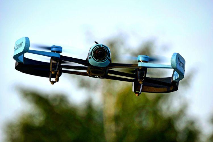 Drone in flight Bebop Drone  RC Drones Flight Quadcopter