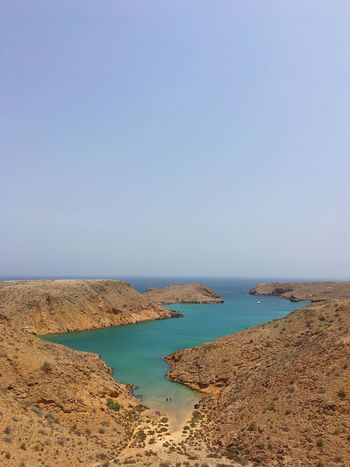 🏝 Cliffside Sea And Sky Muscat , Oman River Collection Beachday Beachphotography Nature_collection Blue Waters Blue Water 100 Days Of Summer