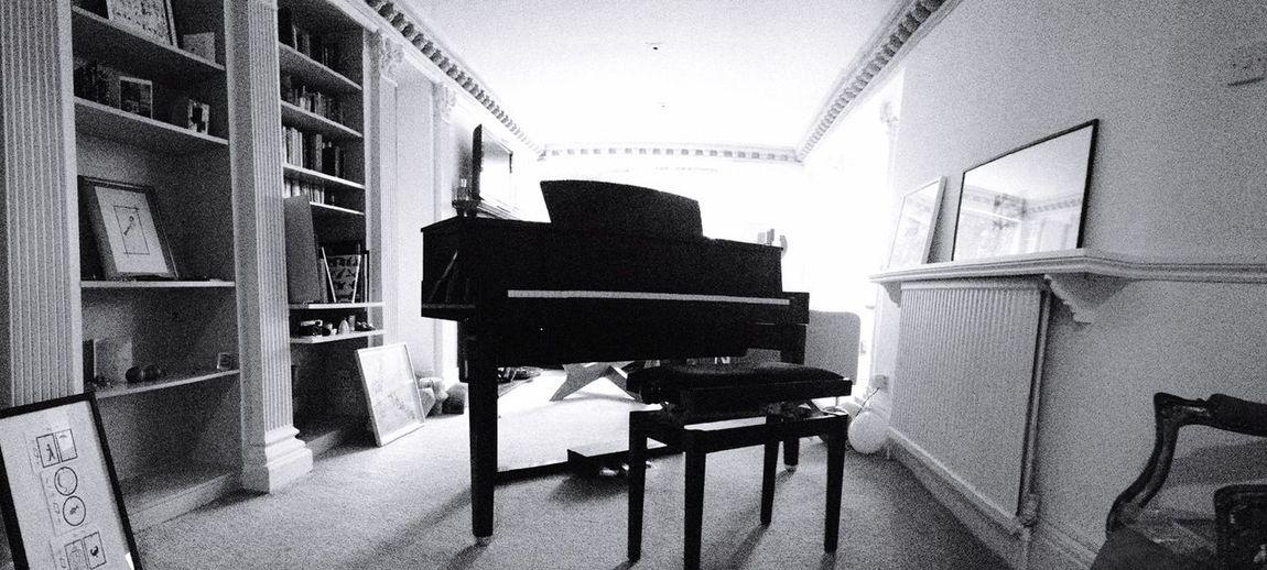Hello World Enjoying Life Hi! Relaxing Power Meraviglia Romantic Man Girl Music Piano Musician Music Is My Life Pianist Working World