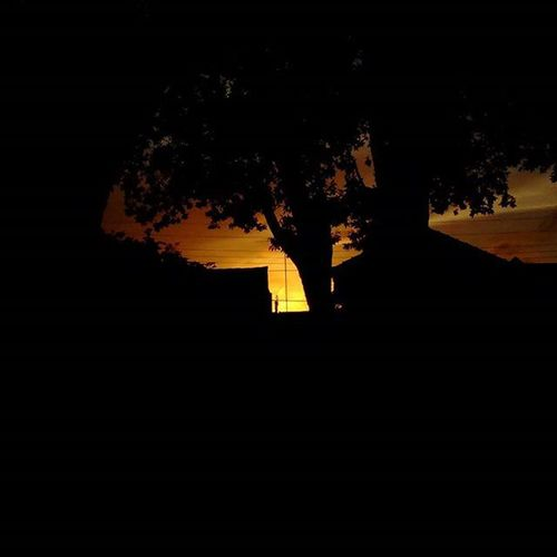 Boa noite. Feliz semana! Praça Santo Antônio. Nofilter Semfiltro Pordosol Obrasdocriador Semanacomecou Like LitoralPiauiense Parnaibameuamoroficial
