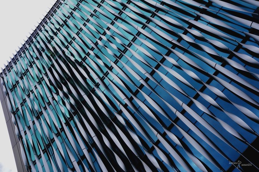 Cityscape City Themonument Mirroreffect Metal Blue Londoncity London Architectureporn Foolframe Pattern Low Angle View Steel Built Structure No People The Graphic City Day Backgrounds Modern Architecture Building Exterior Sky Outdoors Close-up The Architect - 2018 EyeEm Awards