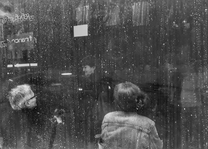 Glass - Material Real People Window Snowing Transparent Headshot Rear View Group Of People Winter Men Lifestyles Women City People Cold Temperature Wet Architecture Portrait Snow Outdoors Warm Clothing Extreme Weather Rain Blizzard