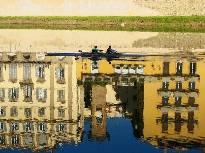 Firenze Fiume Arno Canottaggio  Sport In The CityRiflessi Sull'acqua