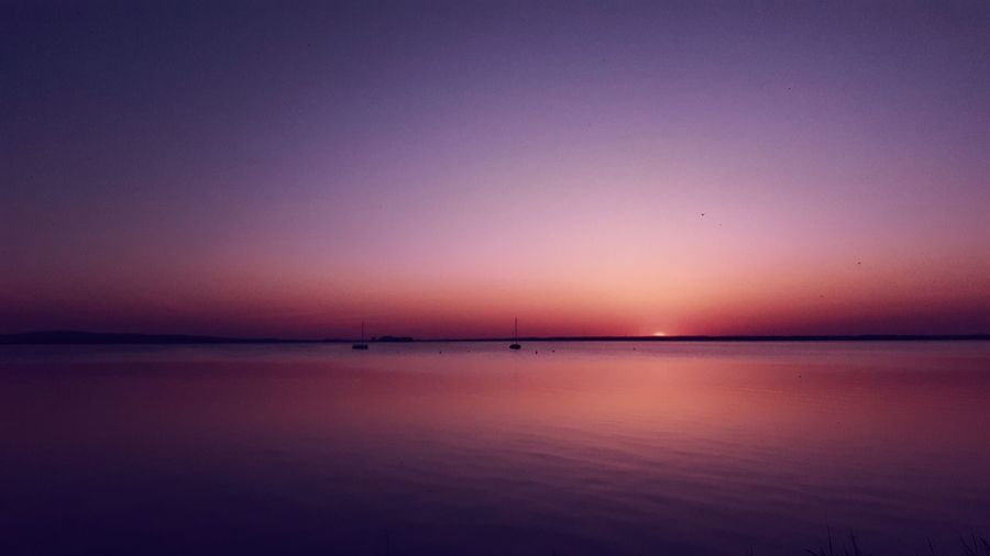 Nothing special....just a different color 🔵🔴⚫⚪ Playtime ✌🏽 Exceptional Photographs Tranquil Scene Simplicity Minimalism Lake View EyeEm Nature Lover Beauty In Nature EyeEm Best Shots EyeEm Gallery My Point Of View First Eyeem Photo Check This Out Naturelovers Taking Photos Multicolors  Playtime Water Sea Sunset Beach Arid Climate Blue Reflection Lake Water Surface Reflecting Pool Low Tide Romantic Sky Atmospheric Mood Moody Sky Infinity
