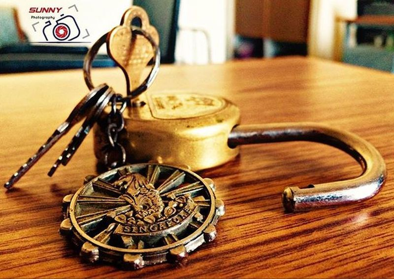 One frm my Dosth which i carry till date... wr ever i go... Dat Keychain 😘 IPhone_Clickz Sunny_Frames