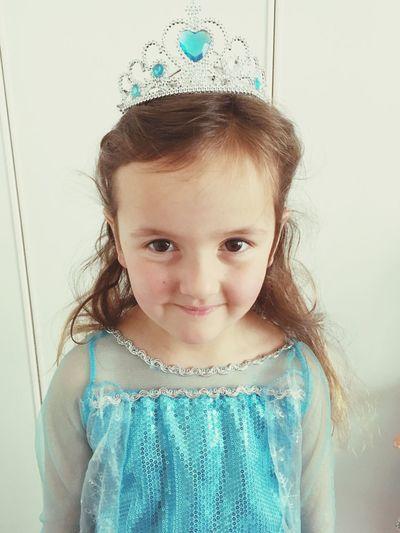 Portrait of cute girl wearing tiara