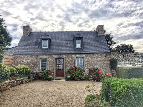 Building Exterior Architecture House Built Structure Window Residential Building Façade Outdoors Cloud - Sky No People Sky Detached House Old-fashioned Day Flower Bretagne Bretagnetourisme Bretagne My Love