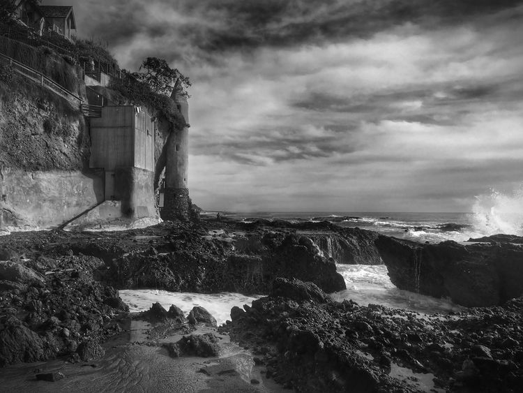 Always take time to find the places that capture your inner bliss... Ocean Dream Life Is A Beach California Coast Eye4photography  Seascape Silhouette Darkness And Light Black And White Beach Photography Black & White Monochrome Ocean