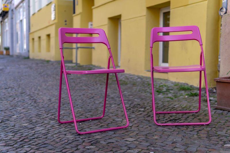 Stühle Absence