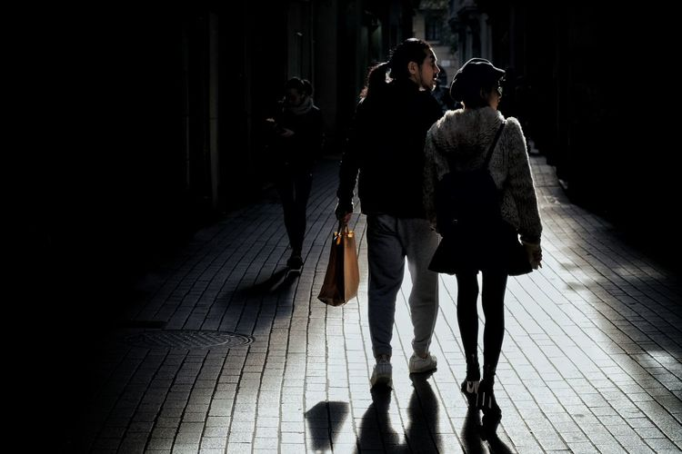 Contre-jour Candid Candid Photography Streetphotography Street Photo Street Photography Photography Cities People Light And Shadow Full Length Men Togetherness City Women Friendship Silhouette Sunset Evening Couple Focus On Shadow