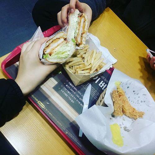 이런동생또없습니다 야식동무 월2회 롯데리아 야심찬세트🌙 핫크리스피♡