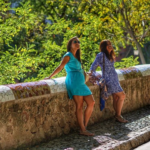 Sunshine Enjoying The Sun Sunshire Looking Up Capture The Moment EyeEm Spain Hanging Out Relaxing Taking Photos Enjoying Life Sonya6000 Big Smile ☺ Check This Out Mother Daughter