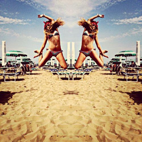 Italy Beach Traveling Jump Instalike Fashion Instagood Instadaily Girls