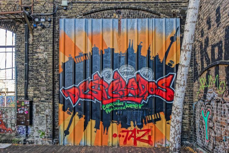 Architecture Berlin Streetart Berliner Ansichten Building Exterior Built Structure Capture Berlin Day Desperados Friedrichshain Graffiti Graffiti Art Multi Colored No People Outdoors Raw Streetart Streetart/graffiti Urban Exploration
