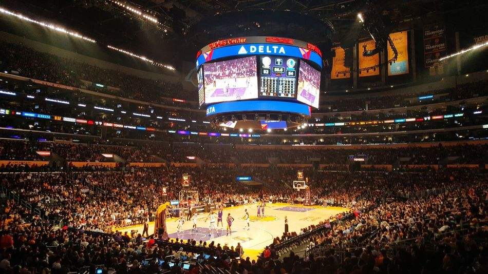 Baby Lakers Los Angeles, California Illuminated Lakers Basketball Staples Center Ice Rink