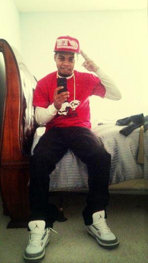 Jordan 2s Levis Gold Chain
