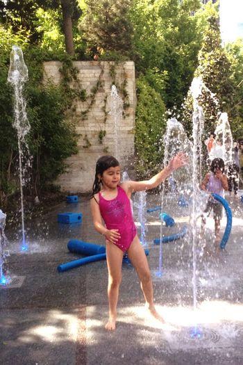 Water Games Sparkles Fiskiye Taking Photos Enjoying Life Summer Children Getting Wet