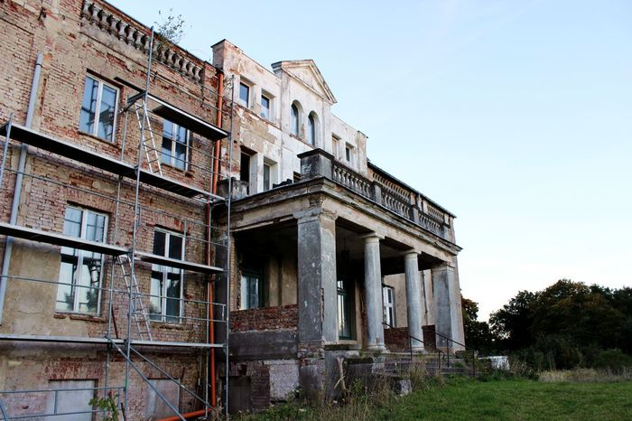 Abandoned Abandoned Places Architecture Building Building Exterior Built Structure Day Deterioration Exterior Façade Lostplaces Low Angle View Manor Manor House No People Old Outdoors Run-down Sky The Past Vintage