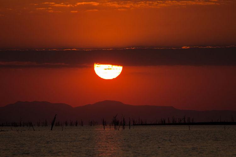 Kariba Lake Sunsets Nature Sunset Tranquility Water