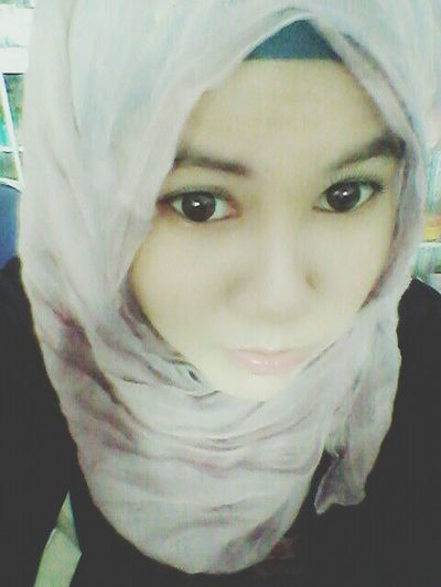 Beauty Hijabi Selfie That's Me