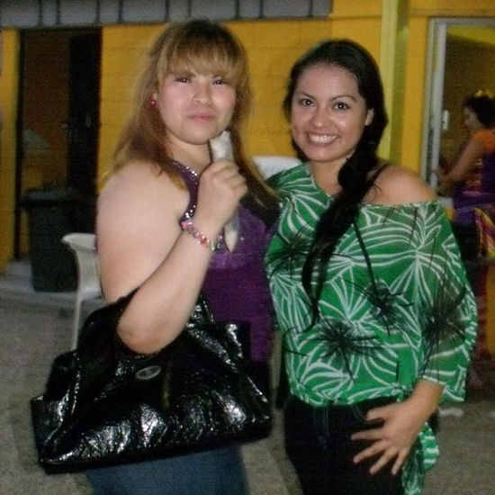 Las hermanas, bellas mis sobrinas para la cámara ;) Nieces Mexicanas Sonorenses Family cool awesome sky instaky