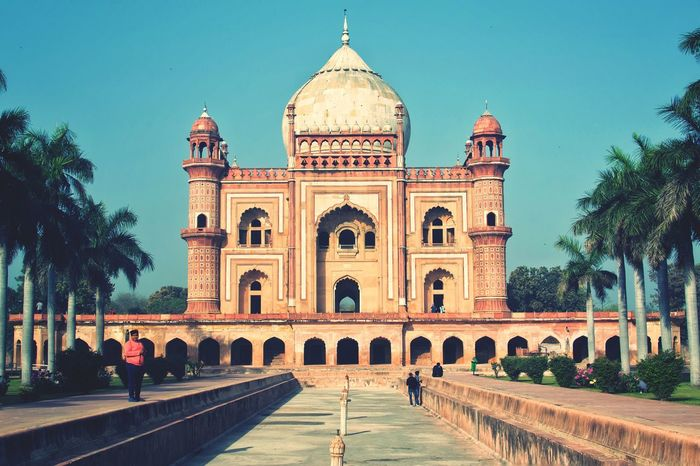 Travel Destinations Architecture Built Structure Cultures Tomb History Dome Façade Outdoors Arch Building Exterior City No People Sky Day Eye4photography  India Historical Place New Delhi Clear Sky Architecture Historical Building EyeEm Best Shots EyeEmNewHere Delhi