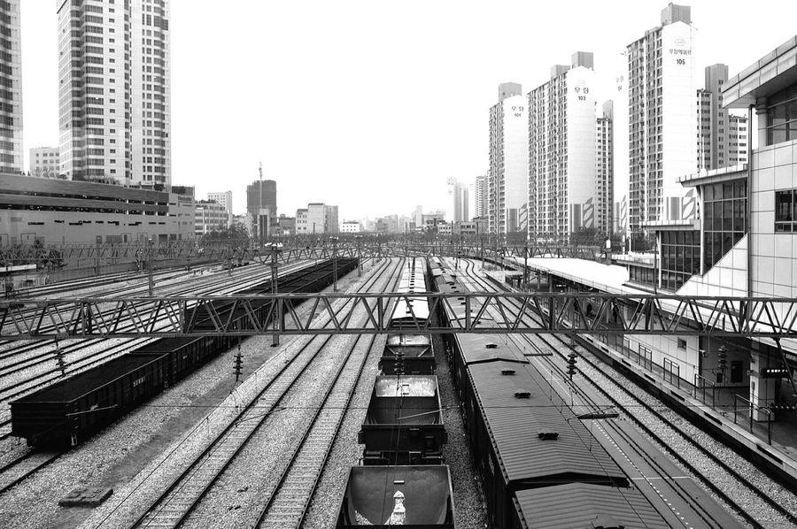 Railway Railroad Track Rail Transportation Railway Station Bnw Eye4photography  Justgoshoot Streetphoto_bw Black & White Blackandwhite Photography Blackandwhite Bnw_captures Bnw_collection Bnw_worldwide Bnw_magazine Korea