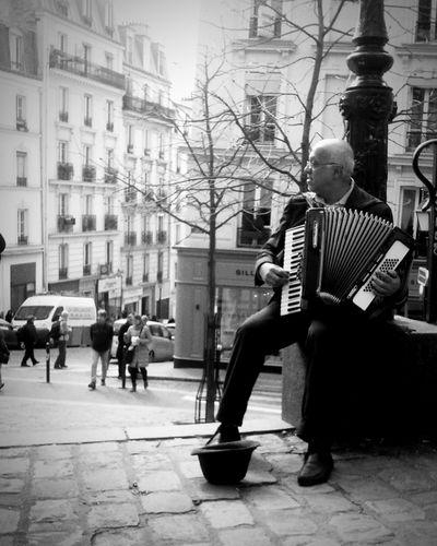 La Vie En Rose Paris Enjoying Life