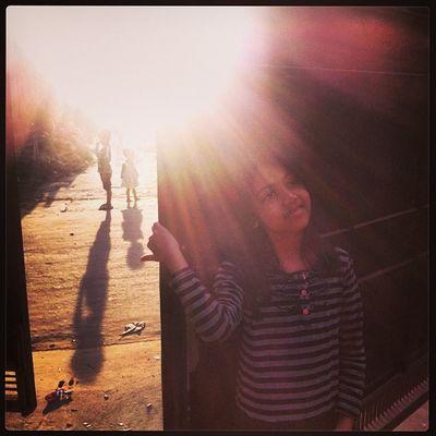 Sun Ray Winter Evening SIAN Street Shadow Light Home Chaktai Chittagong City Instagram The Portraitist - 2017 EyeEm Awards The Photojournalist - 2017 EyeEm Awards The Street Photographer - 2017 EyeEm Awards