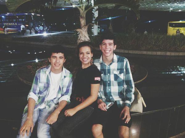 Há Algum tempo em Brasília :) Brasilian Brasília Friends