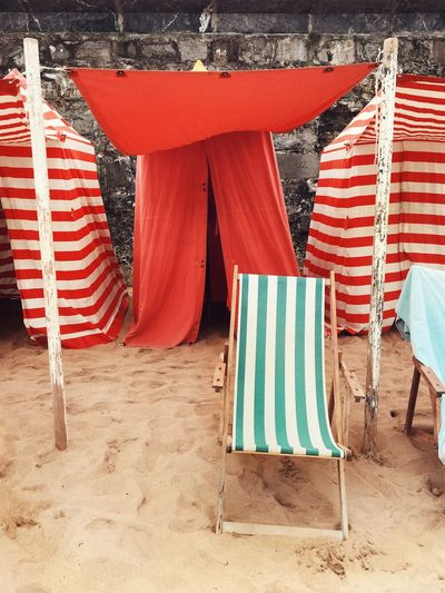Beach Summer Summertime Beach Huts Stripes Everywhere Deckchairs Sand Rest Holidays Red Green Sommergefühle