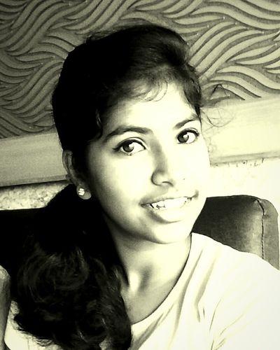 I luv black n white pics😊😊😊
