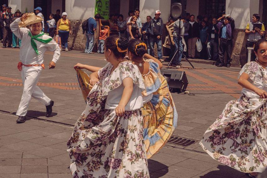 Bailes tipicos ecuatorianos. Ecuador Quito Equator Danza Folclorica Bailes Tipicos Typical Dances Latinoamerica