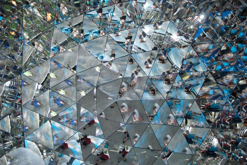 Swarovski Kaleidoskop Mirror Reflection Check This Out Mirrorshot Mirror Art