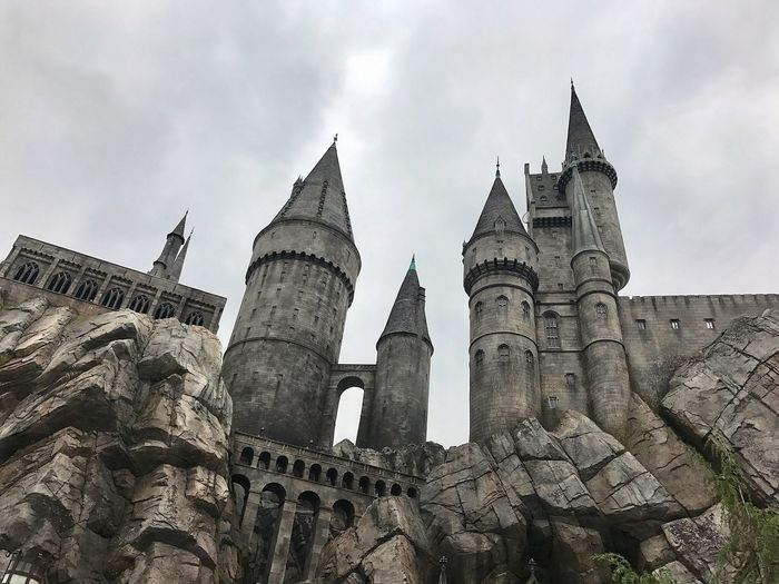 Harry Potter Castle IPhone 7 Photography From My Point Of View Low Angle View Amazing View California Los Ángeles 环球影城 洛杉矶 美国 城堡