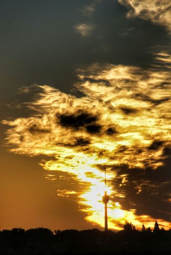 Sunset Sunlight Nature Sky Dramatic Sky Gold Colored Beauty In Nature Tranquility No People Silhouette Cloud - Sky Scenics Outdoors Landscape Landscapes Cloud Clouds Sun Eyeem0711