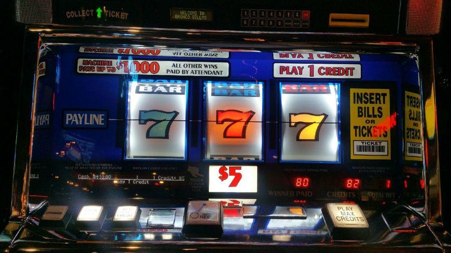 Gangsters Paradise Winning Winner Winner Winner Money $5 Slot Machine Slot Machine Lucky Sevens One Armed Bandit Gambling