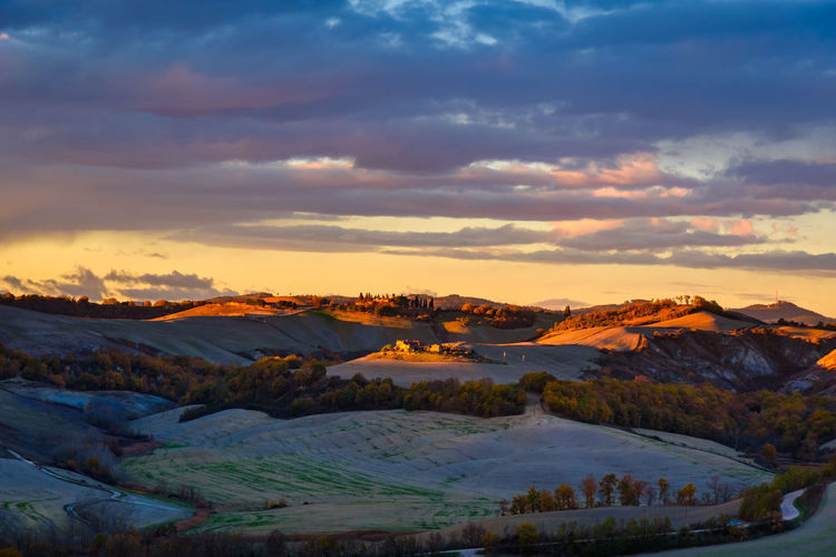 Last days of autumn Crete Senesi Torre A Castello Tuscany Tuscany Countryside Beauty In Nature Cloud - Sky Cold Temperature Day Landscape Mountain Mountain Range Nature No People Outdoors Scenery Scenics Siena Sky Snow Sunset Tranquil Scene Tranquility Travel Destinations Water Winter