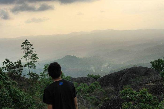 Gunung api purba Nglanggeran Sunset Explorejogja Latepost Jalanjalanmen