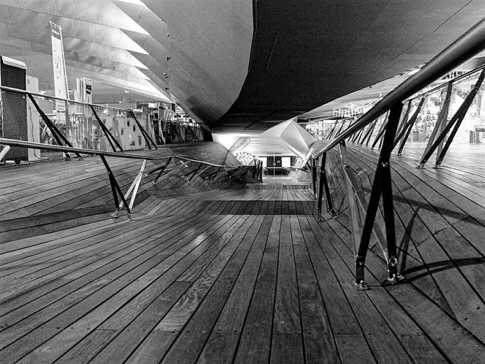 In The Terminal Light And Shadow Monochrome Monocrome Wood Deck Nightscape Lines And Shapes 横浜 STLSQA 大桟橋ターミナル