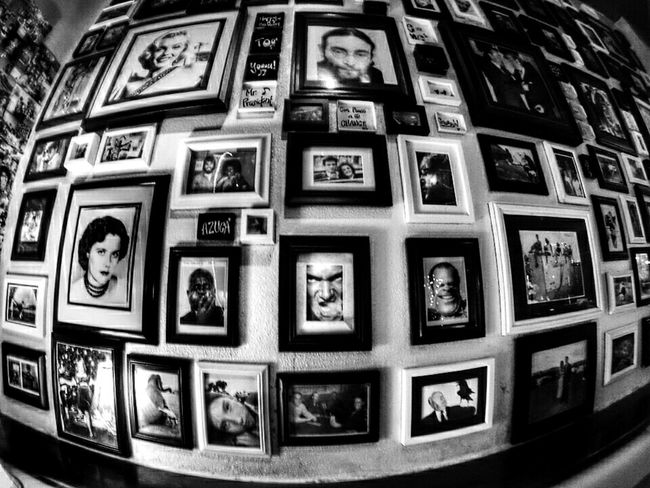 📷 you just got frame Hang Out Place Walloffame Frames Pictures Blackandwhite Famous People Loveit Pattern Pieces